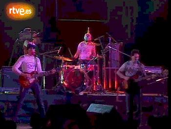 Siniestro Total actuant a 'La Edad de Oro', 1983